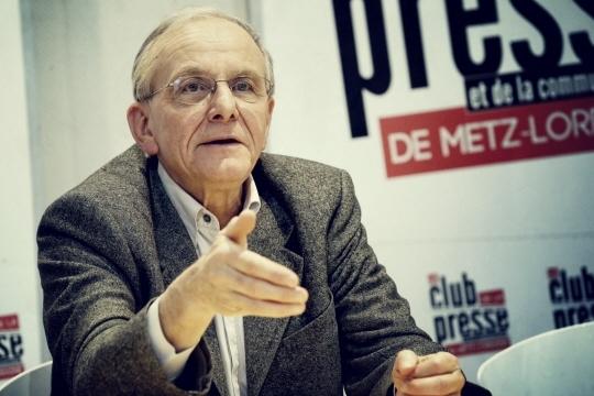 Le généticien Axel Kahn (Archives LRL/Photo Anthony PICORE)