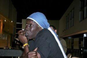 Le musicien Geoffrey Oryema