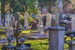 A propos des monuments funéraires
