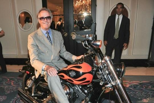 Peter Fonda en 2010 à Toronto au Canada. Photo  Sonia RECCHIA/AFP