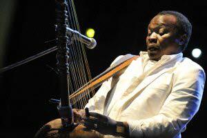 Le chanteur et musicien guinéen Mory Kanté